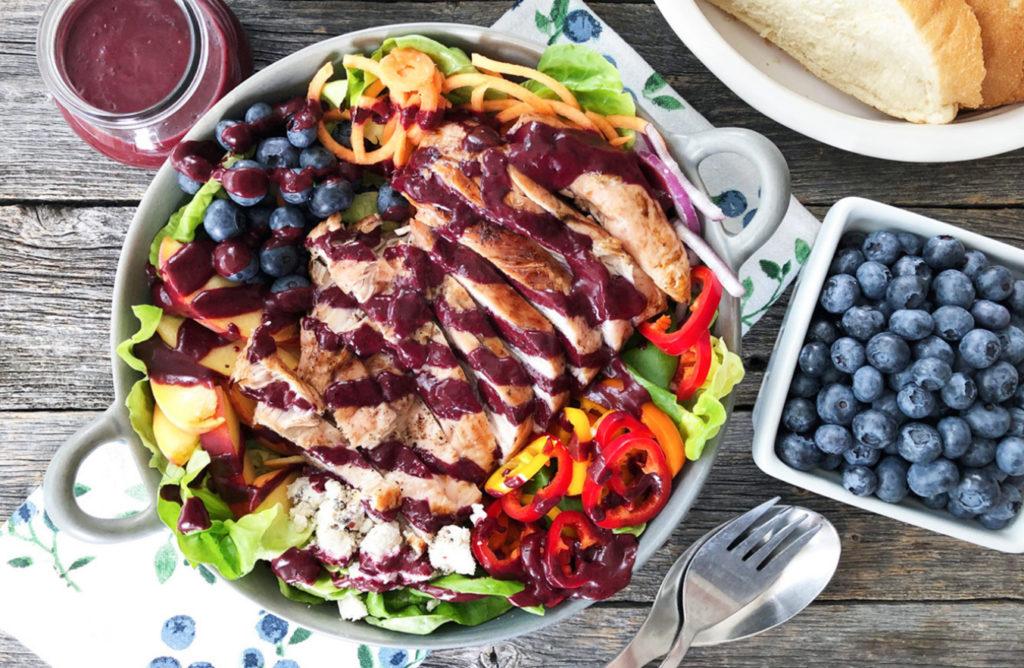 blueberry balsamic grilled turkey salad